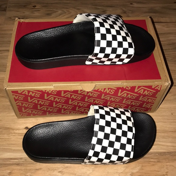3983df4ecdaf00 Vans Checkerboard Slides. M 5a62dcb245b30c32e33aa722